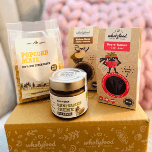 Energy Balls, Schoko Aufstrich Popcornmais auf wholyfood Box